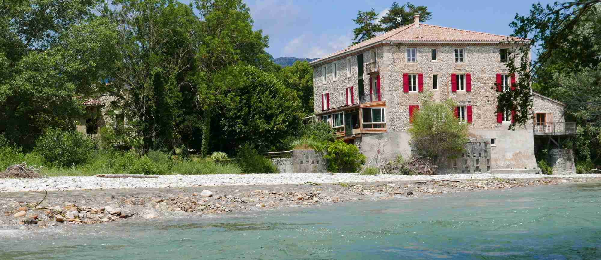presentation gites and guest rooms of the Solaure mill